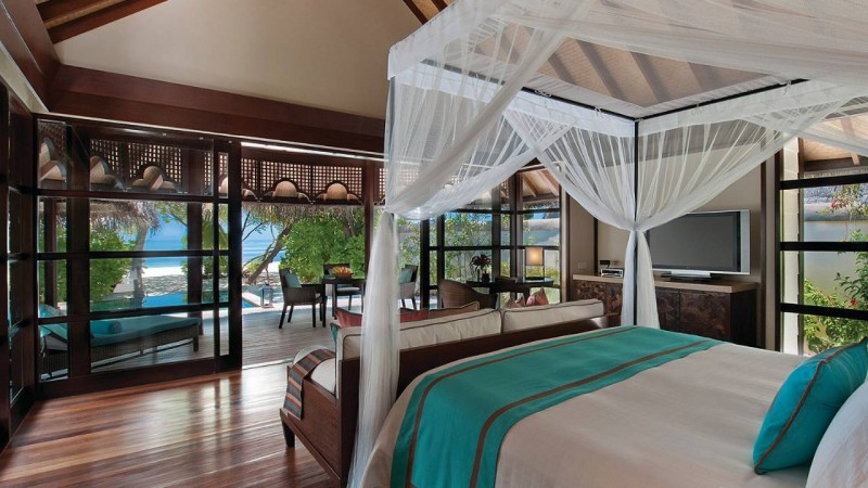 sunrise beach bungalow with pool