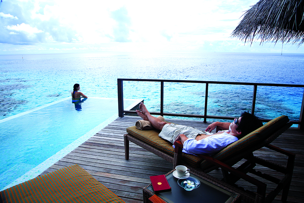 Coco Palm Bodu Hithi Lets Go Maldives