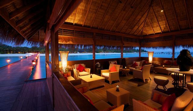 1303405334-moodhu-lounge