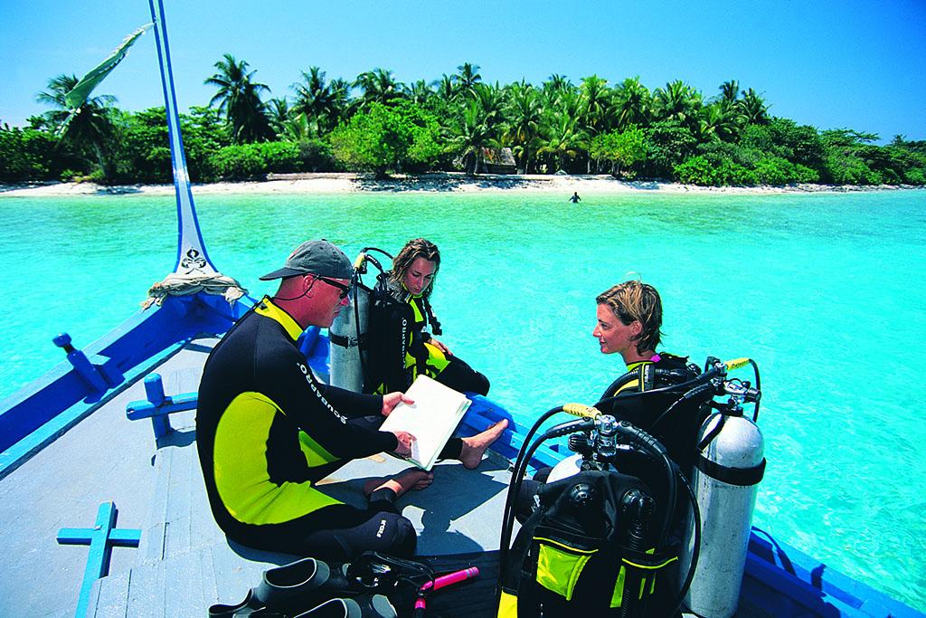 Adaaran Select Meedhupparu Lets Go Maldives