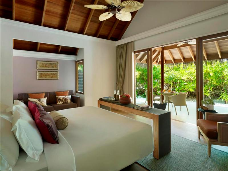 Beach_Villa_Bedroom_photoSmall