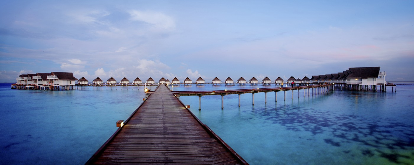 Centara Grand Island Resort & Spa Maldives – Luxury Sunset Water Villa – Sunrise2