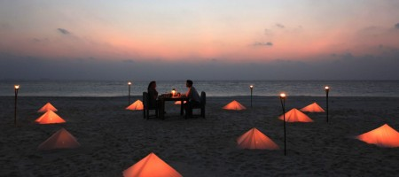 1280x771_private-dinner-at-sand-bank_副本