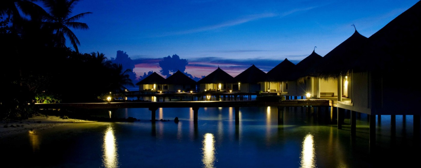 24 OVER WATER VILLAS BY NIGHT