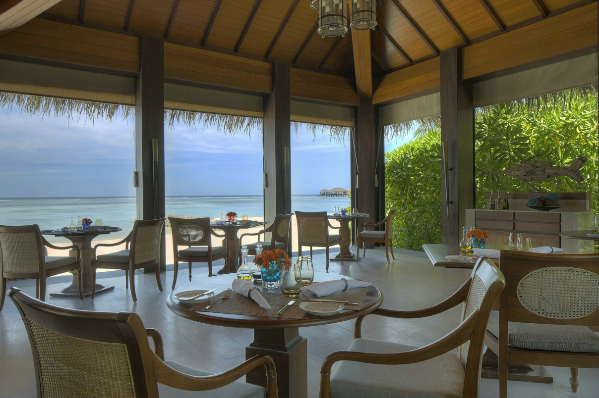 The residence maldives lets go maldives for Dining room operations