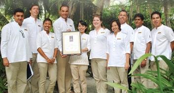 E bulletin wine spectator award of excellence 2013 for Spa uniform singapore