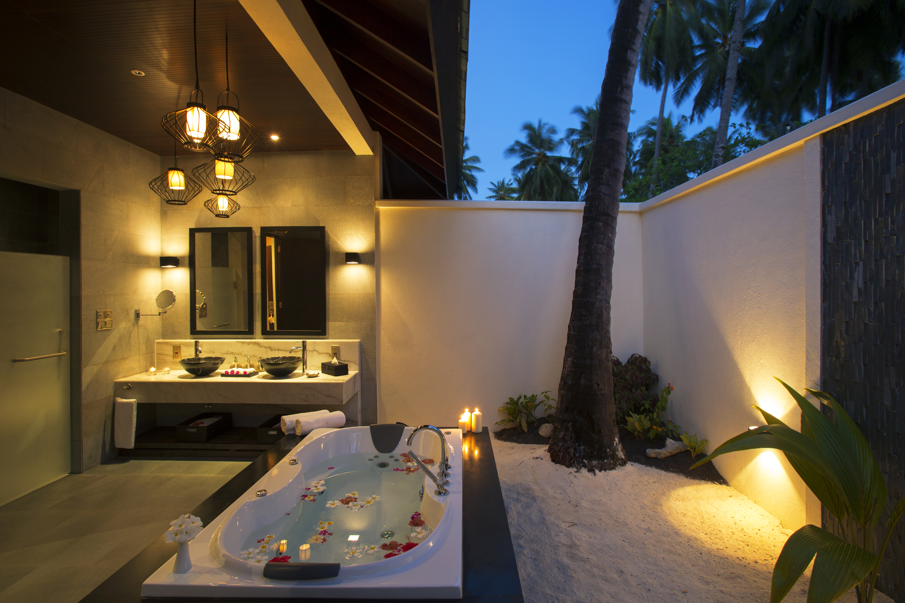 Atmosphere kanifushi maldives lets go maldives for Sunset bathroom designs
