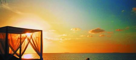 Hi_MOK_67511072_outrigger-konotta-maldives-resort-exterior-sunset1