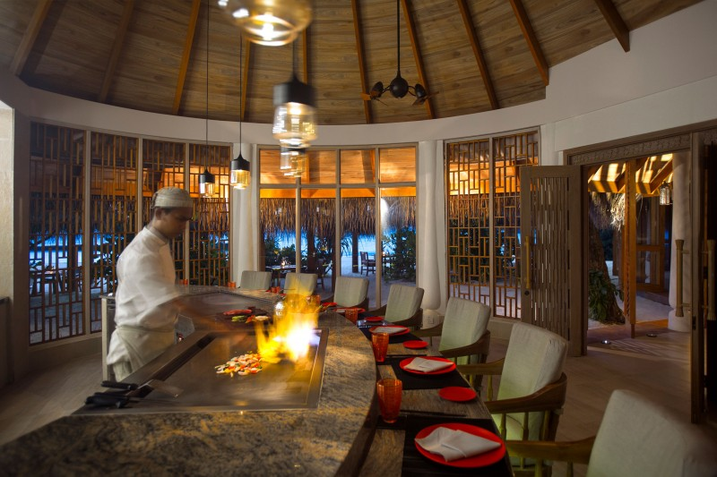 milaidhoo_maldives_dining_the_shoreline_grill_4