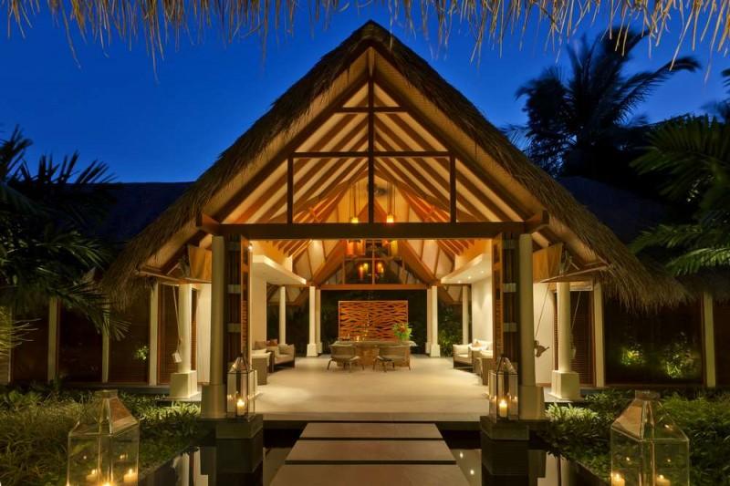 baros-maldives_spa-exterior_hr