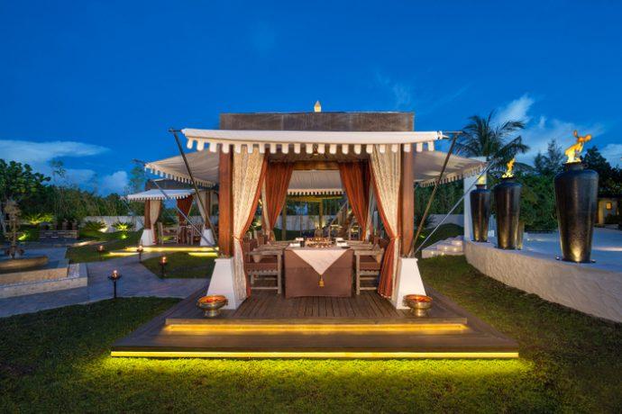 Jumeirah-Vittaveli_Swarna-Cabana-2-690x460