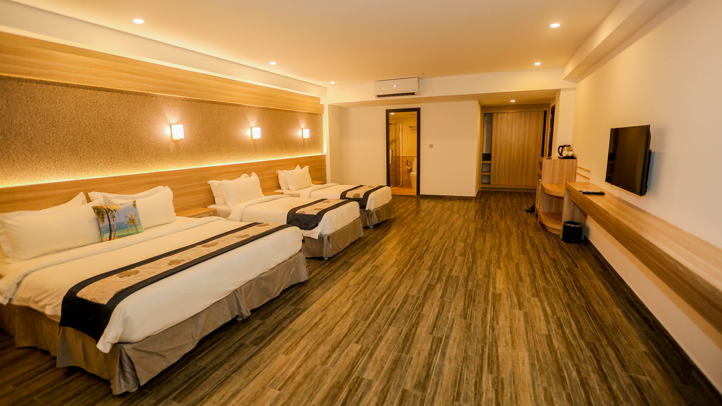 quadruple-room-kaani-grand-maafushi