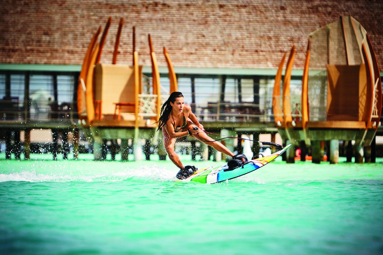 LSAA_81067172_Jet-Surf_board