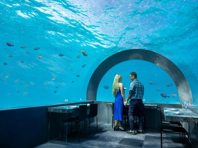 You & Me by Cocoon underwater restaurant H2O web