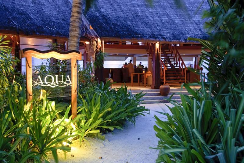 Aqua Bar exterior
