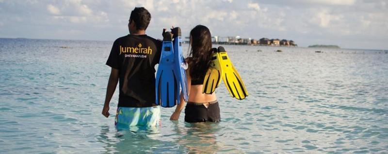 jumeirah-dhevanafushi-snorkeling-hero