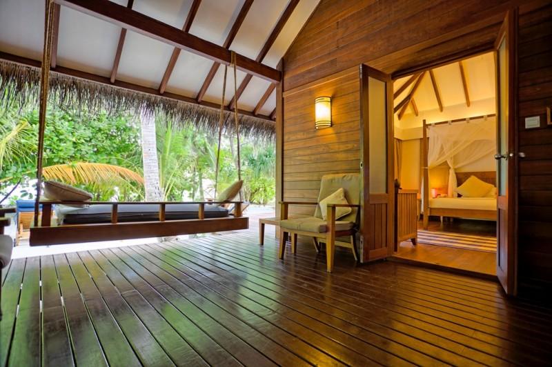 medhufushi_beach_villa_suite_01