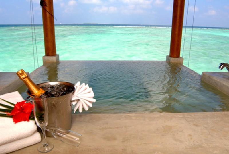 water suite