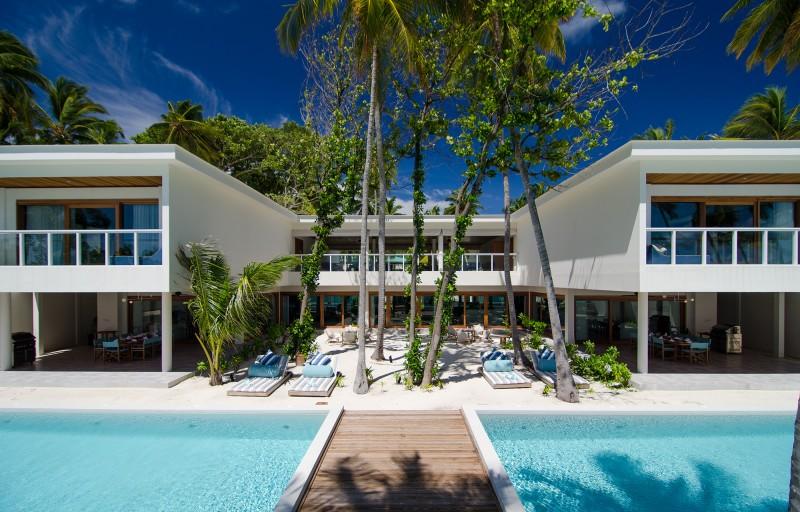 the-great-beach-villa-residence-modern-edge