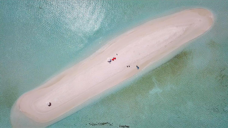 Sandbank picnic_Bliss Dhigurah